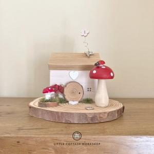 Rustic Small Fairy Garden Cottage